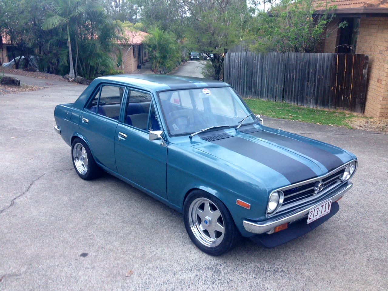 152167 1982 Datsun Kingcab 720 4x4 also  in addition 2431990 1970 Datsun 1200 For Sale moreover Honda Civic 5 Doors 2008 together with 2005 Volkswagen Newbeetle Fuse Box Diagram. on datsun fuel pump