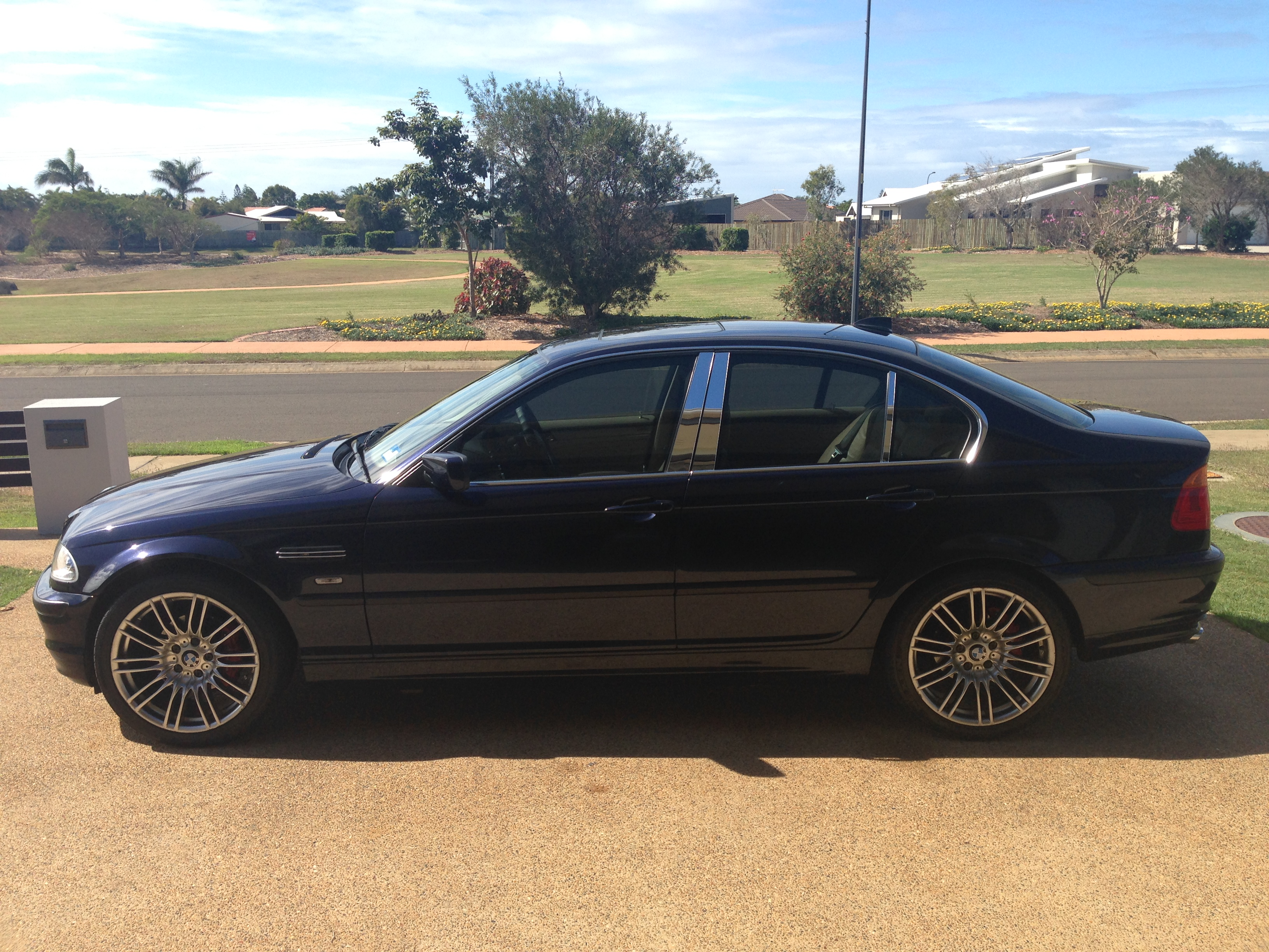 2000 bmw 323i for sale qld brisbane north. Black Bedroom Furniture Sets. Home Design Ideas