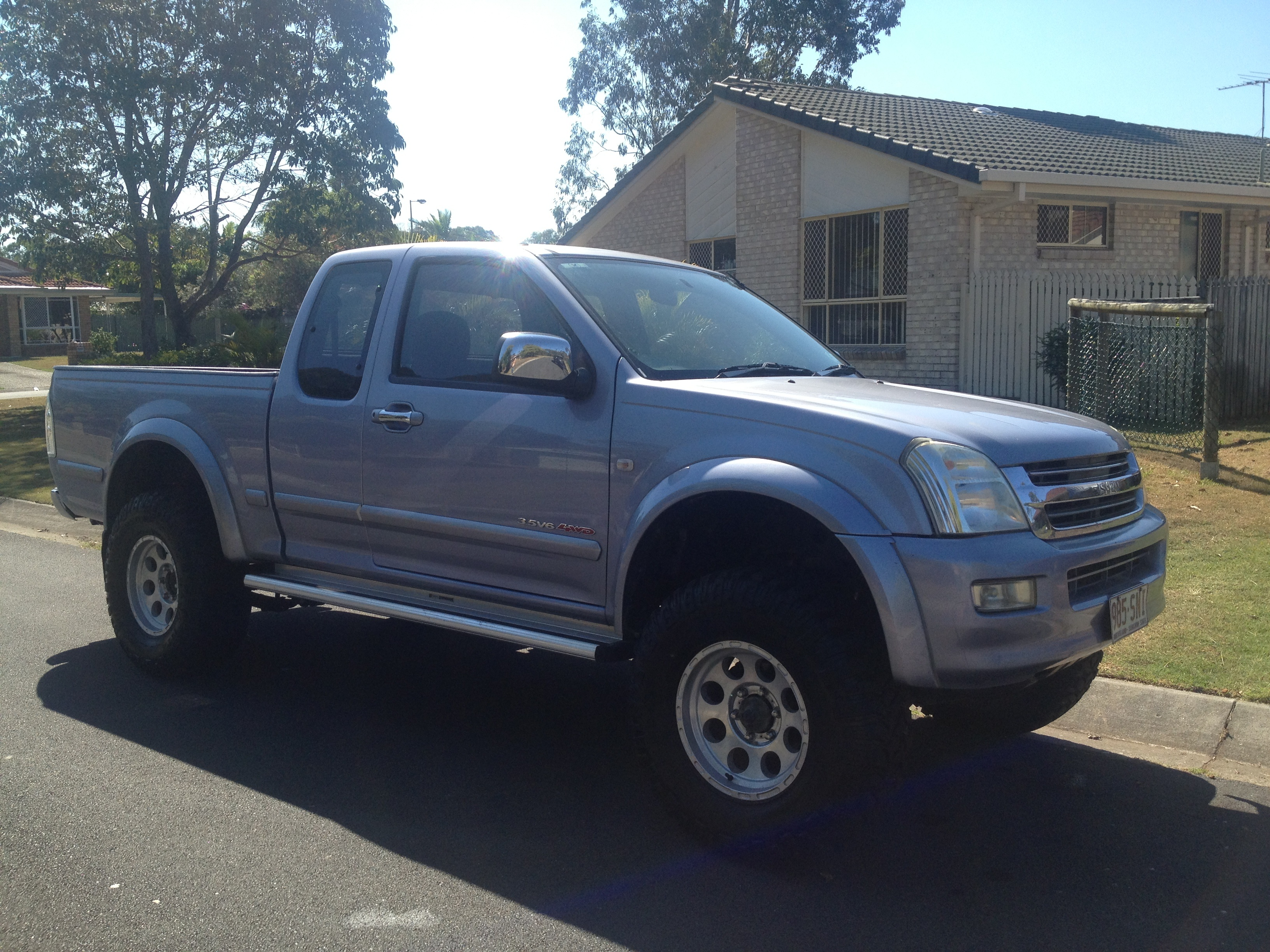 Images of Holden Rodeo Off Road 4x4