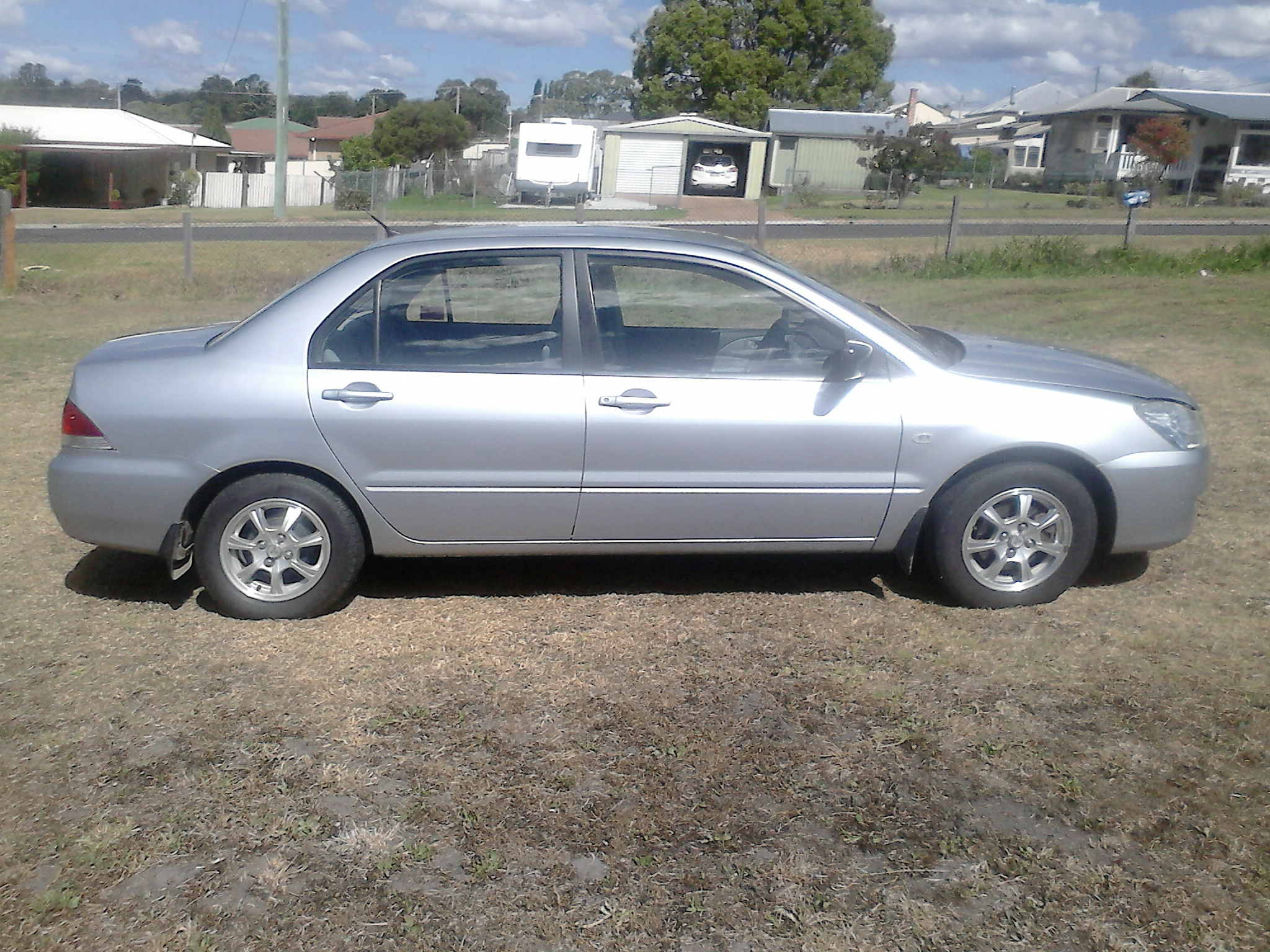 2004 mitsubishi lancer es ch for sale qld darling downs. Black Bedroom Furniture Sets. Home Design Ideas