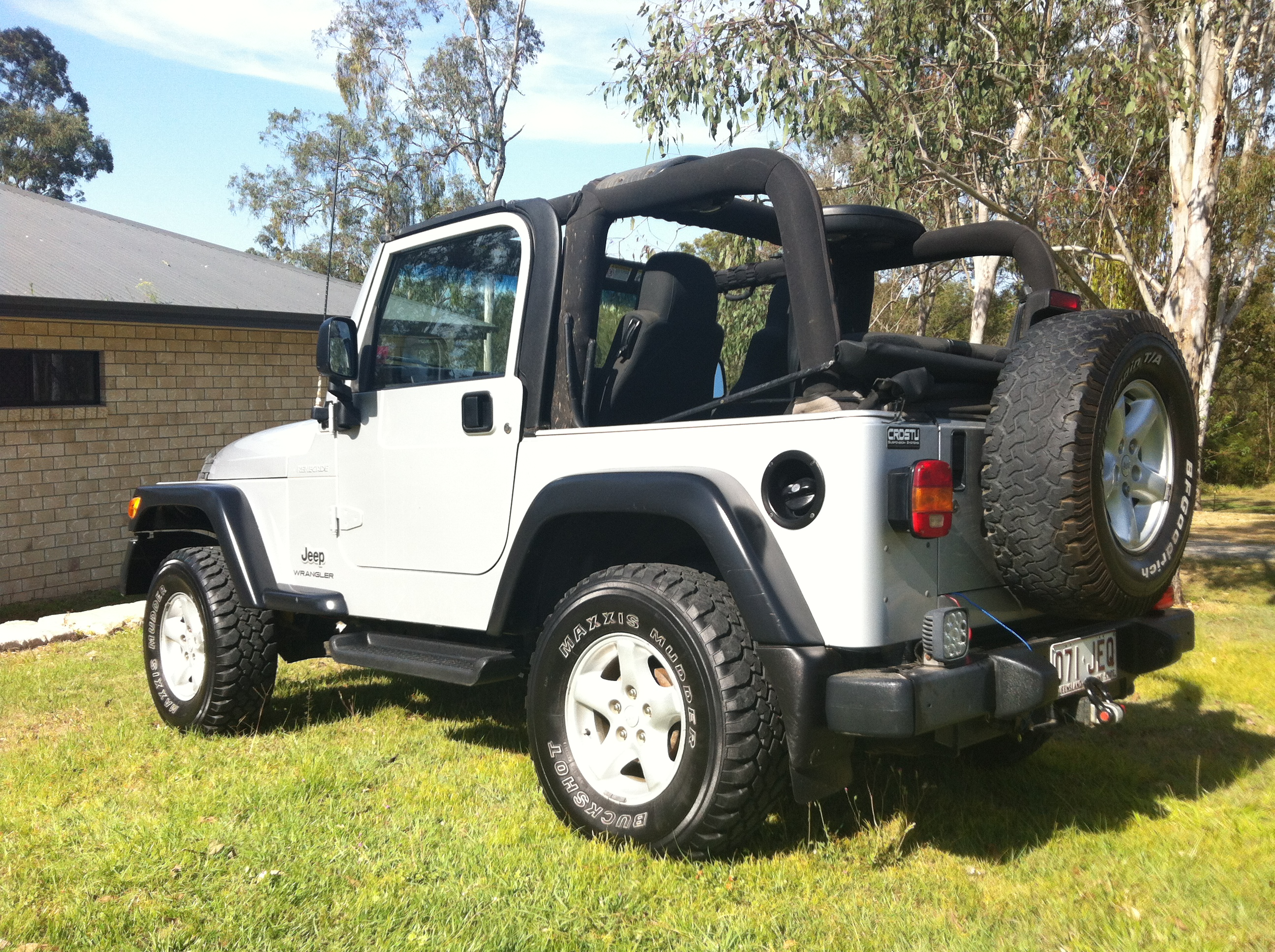 1995 jeep wrangler for sale 4 days ago for sale by owner trenton nj sexy girl and car photos. Black Bedroom Furniture Sets. Home Design Ideas